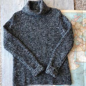 Banana Republic Turtle Neck Sweater Like New